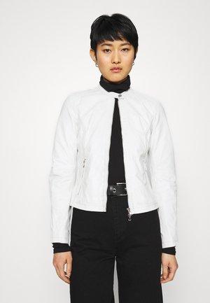 EMELLIE - Leren jas - plaster white