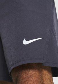 Nike Performance - FLX ACE - kurze Sporthose - gridiron/white - 5
