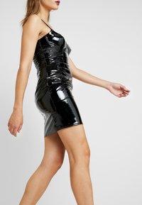 Missguided - HALLOWEEN CAMI MINI DRESS - Vestito estivo - black - 3