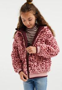 WE Fashion - Light jacket - burgundy red - 2
