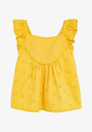 OCHRE JERSEY BRODERIE LACE SHORT SET (3MTHS-7YRS) - Shorts - yellow