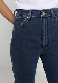 Wrangler - Slim fit jeans - blue denim - 3