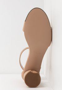 Carvela - GRAPE - Sandali - nude - 6