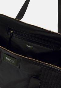 DAY ET - DAY GWENETH PARTIAL BAG - Weekend bag - black - 0