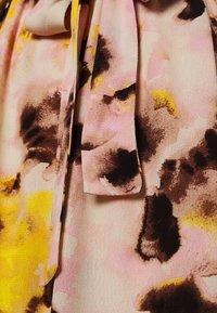 ICHI - IHVAUNA - Day dress - super lemon - 2