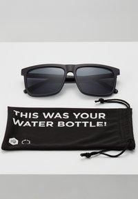 CHPO - BRUCE - Sunglasses - black - 3