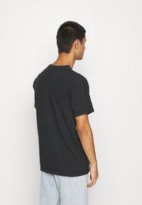Diamond Supply Co. - NO MERCY TEE - Print T-shirt - black - 2