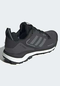 adidas Performance - TERREX SKYCHASER 2 GORE TEX - Hiking shoes - core black/grey four/dgh solid grey - 3