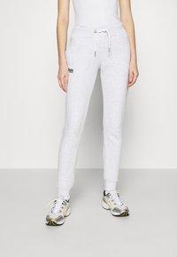 Superdry - ORANGE LABEL  - Pantalon de survêtement - ice marl - 0