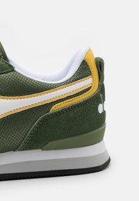 Diadora - OLYMPIA UNISEX - Zapatillas - sandal green - 5