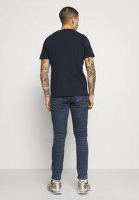 Pepe Jeans - FINSBURY - Jeans slim fit - blue denim - 2