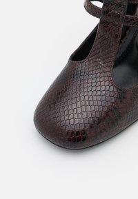 Claudie Pierlot - Classic heels - bordeau - 6