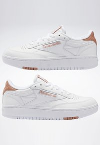 Reebok Classic - CLUB C DOUBLE - Zapatillas - white/white/ruscly - 4