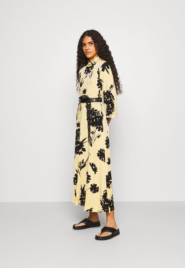 FRITTA DRESS - Długa sukienka - yellow