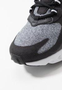 Nike Sportswear - AIR MAX 270 REACT - Sneakers basse - black/vast grey/off noir/white - 2