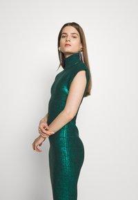 Hervé Léger - MOCK NECK DRESS - Sukienka etui - green - 4