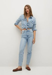 Mango - Jeans Tapered Fit - bleu clair - 1