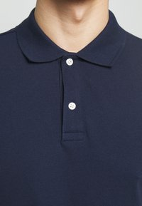 GAP - SOLID - Polo shirt - tapestry navy - 5