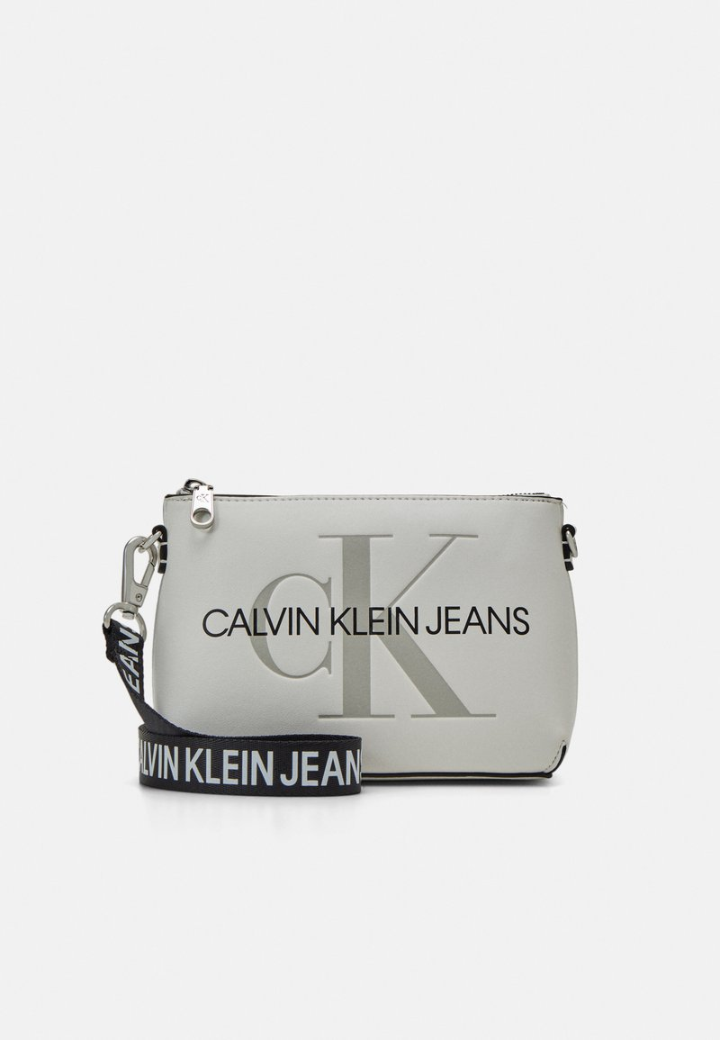 Calvin Klein Jeans - CAMERA POUCH - Across body bag - white