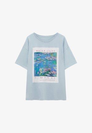 MONET SEEROSEN - Print T-shirt - blue-grey
