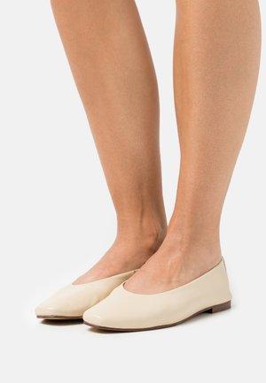 FLORA - Ballet pumps - milk sheep