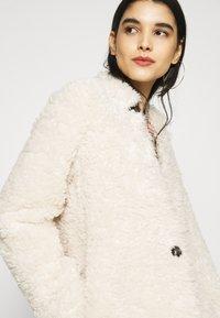 ONLY - ONLDINA COAT  - Zimní kabát - pumice stone - 3