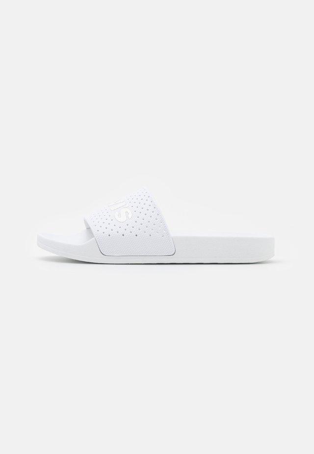 JUNE  - Mules - regular white