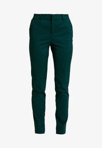 Vero Moda Tall - VMLEAH MR CLASSIC PANT - Trousers - ponderosa pine - 5