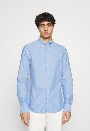 SLIM FIT LOGO DETAIL - Shirt - strong blue
