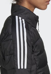 adidas Performance - ESSENTIALS PRIMEGREEN OUTDOOR DOWN - Down jacket - black - 6