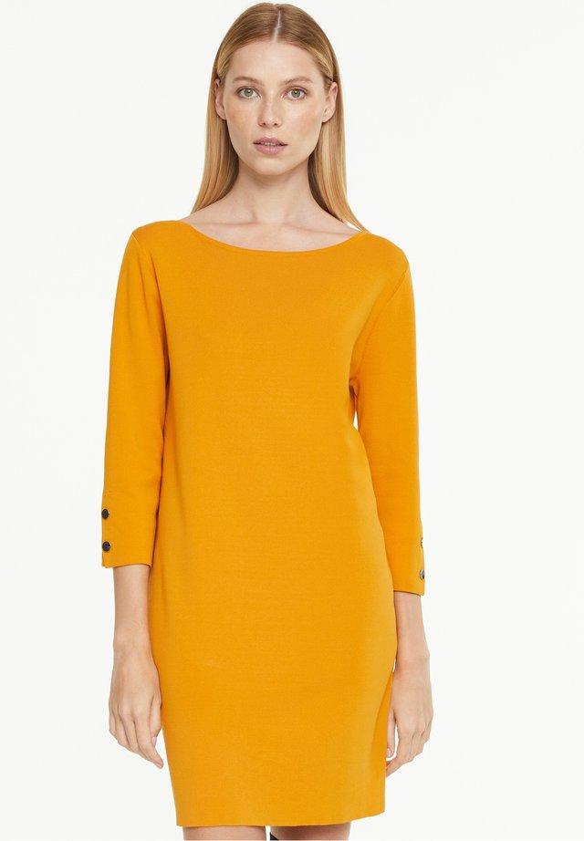 Jumper dress - saffron