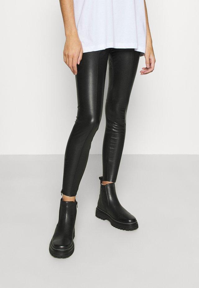 TERESA  - Trousers - schwarz