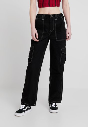 CONTRAST SKATE - Jeansy Relaxed Fit - black