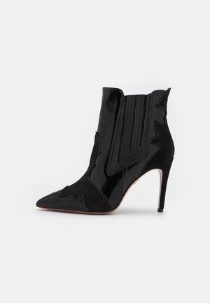 SILLA  - Classic ankle boots - nero