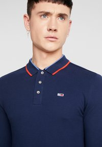 Tommy Jeans - STRETCH LONGSLEEVE  - Polo shirt - dark blue - 4