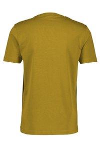 LERROS - MIT RUNDHALSAUSSCHNITT  - Basic T-shirt - oily yellow - 1