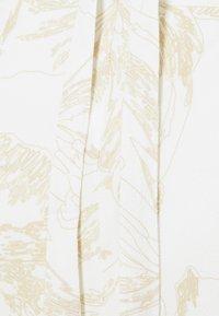 Third Form - BOUQUET BACK - Cocktail dress / Party dress - white/gold - 2