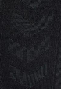 Hummel - HMLCLEA - Leggings - black melange - 11