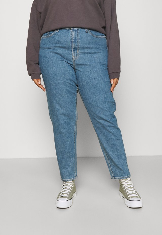 HIGH WAISTED MOM JEAN - Jeans Tapered Fit - light-blue denim