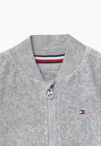 Tommy Hilfiger - BABY ZIP UP - veste en sweat zippée - grey - 3
