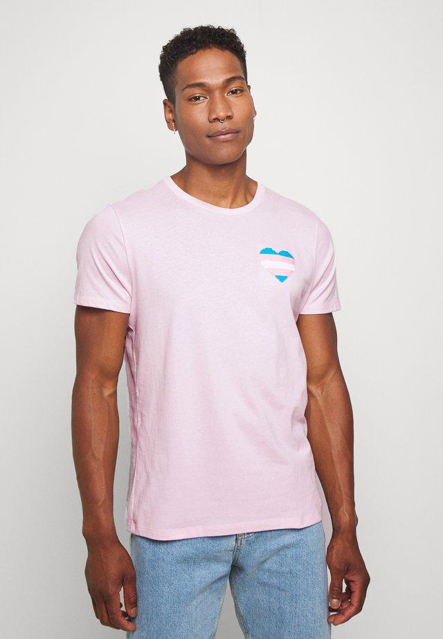 UNISEX PRIDE FLIP SEQUIN - Printtipaita - pink