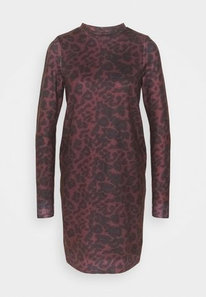 VMHOWL O NECK  DRESS TALL - Day dress - winetasting/black