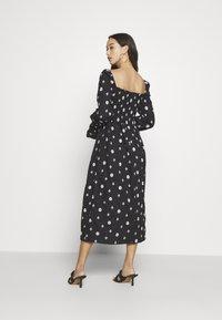 Never Fully Dressed - CROSS EMBROIDERED MIDI - Denní šaty - black - 4