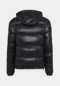 CLOSURE London - RACER LOGO PUFFER - Winter jacket - black - 1