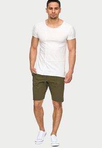 INDICODE JEANS - CARVER - Denim shorts - grren - 1