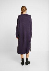 Monki - MALVA DRESS - Neulemekko - lilac purple dark unique - 2