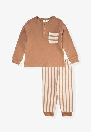 Sweatshirt - dark brown