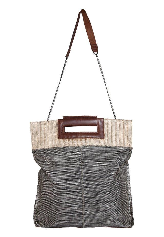 NIKO (43 cm) - Across body bag - schwarz/weiß/braun