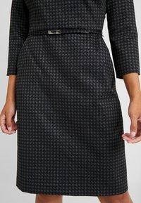 Lauren Ralph Lauren Petite - ESHE 3/4 CAP SLEEVE DAY DRESS - Fodralklänning - grey/black - 6