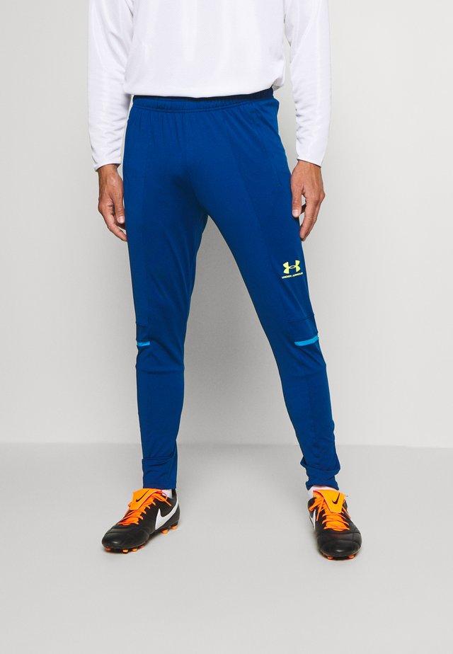 CHALLENGER TRAINING PANT - Tracksuit bottoms - graphite blue